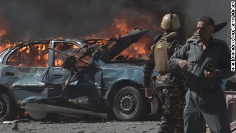 Afghan security forces arrive at the site of a car bomb attack in Kabul on May 31, 2017.