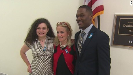 foster care youth shadow lawmakers pkg_00004904