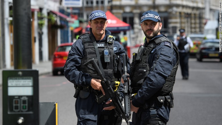 LONDON, ENGLAND - JUNE 04:  Armed police officers stand guard at the perimeter cordon, following last night's London terror attack, on June 4, 2017 in London, England. Prime Minister Theresa May has left the election campaign trail to hold a meeting of the emergency response committee, Cobra, this morning following a terror attack in central London on Saturday night. 7 people were killed and at least 48 injured in terror attacks on London Bridge and Borough Market. Three attackers were shot dead by armed police.  (Photo by Leon Neal/Getty Images)
