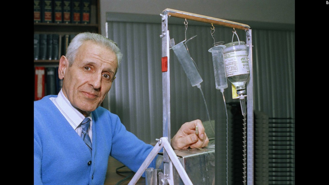 "<a href=""http://www.cnn.com/2010/HEALTH/06/14/kevorkian.gupta/index.html"">Dr. Jack Kevorkian,</a> the assisted suicide advocate who was charged with murder numerous times in the '90s after helping terminally ill patients end their lives, is shown with his  suicide machine. In 1999, Kevorkian was convicted of murder for his role in the death of a patient who suffered from Lou Gehrig's disease. Kevorkian was later paroled and he <a href=""http://www.cnn.com/2011/US/06/03/kevorkian.dead/index.html"">died in 2011</a> at age 83."