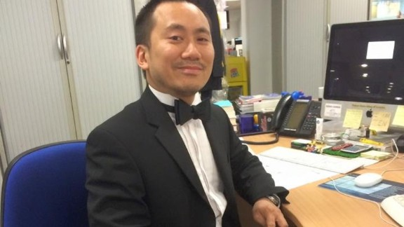 A journalist wounded in the neck has been identified as Sunday Express Business Editor Geoff Ho, in an article by the newspaper.