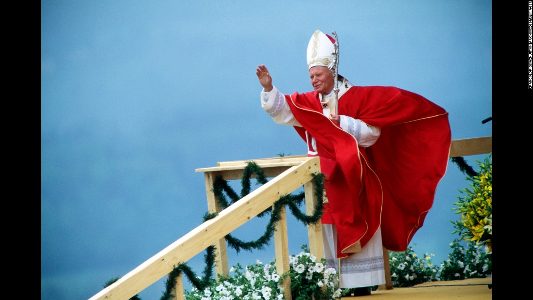 "As the first non-Italian pope in 455 years, <a href=""http://www.cnn.com/2013/07/02/world/pope-john-paul-ii-fast-facts/index.html"">Pope John Paul II</a>'s tenure spanned three decades -- much of it on the road, making him the most-traveled pope in the Catholic Church's history. Here, the pontiff greets parishioners in 1995 during Mass in his native Poland."