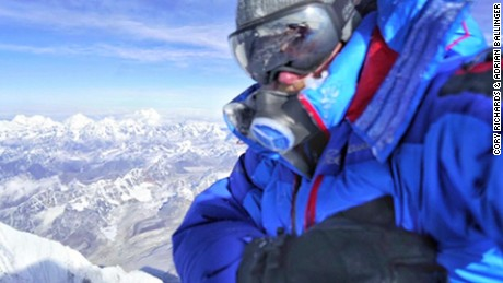 Conquering Everest without supplemental oxygen