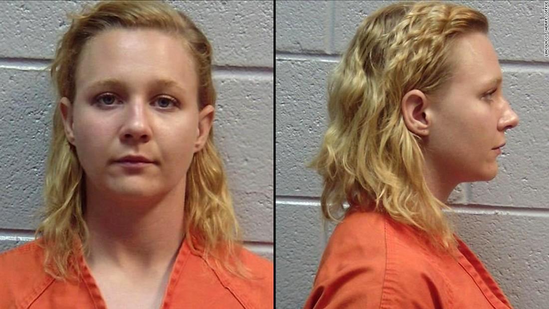 Hasil gambar untuk NSA leaker Reality Winner sentenced to more than 5 years in prison