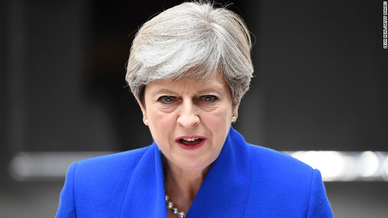 LONDON, ENGLAND - JUNE 09:  Prime Minister Theresa May speaks outside 10 Downing Street after returning from Buckingham Palace on June 9, 2017 in London, England. After a snap election was called by Prime Minister Theresa May the United Kingdom went to the polls yesterday. The closely fought election has failed to return a clear overall majority winner and a hung parliament has been declared.  (Photo by Leon Neal/Getty Images)