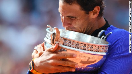 Spain's Rafael Nadal poses with his trophy after winning the men's final tennis match against Switzerland's Stanislas Wawrinka at the Roland Garros 2017 French Open on June 11, 2017 in Paris.  / AFP PHOTO / FRANCOIS XAVIER MARIT        (Photo credit should read FRANCOIS XAVIER MARIT/AFP/Getty Images)