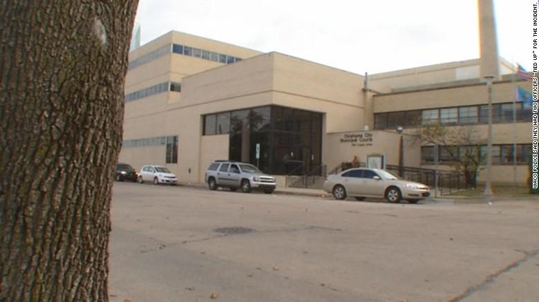 Inmates escape through ventilation system