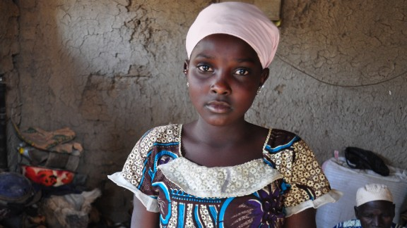 Mali: A 12-year-old girl had to leave school after fighting broke out in her village, leaving her displaced in another village in central Mali. In this country, 47.3% of kids are out of school.