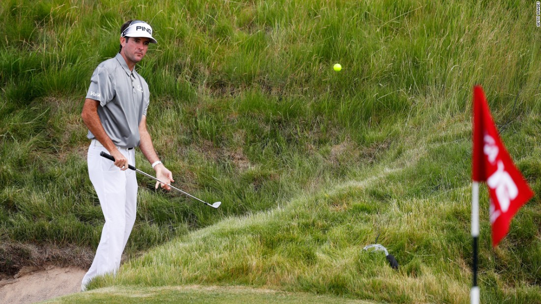 Two-time Masters champion Bubba Watson seems to struggle in the other majors and the left-hander and his yellow ball missed the cut at Erin Hills with rounds of 75, 73 for four over.