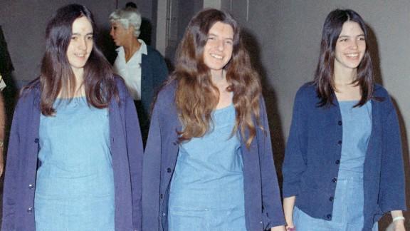 Susan Atkins (left), Patricia Krenwinkel (center) and Leslie Van Houten (right) walk to court in 1970.