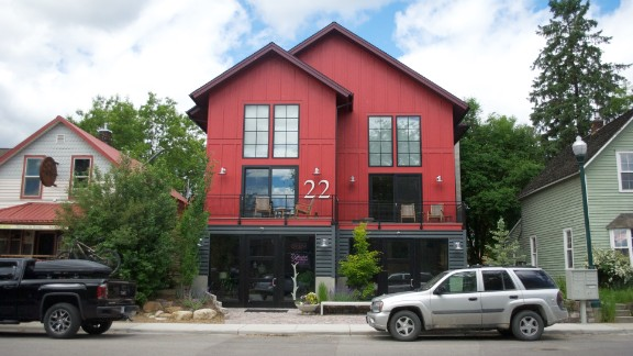This mixed-use property was at the center of a dispute between Sherry Spencer and Tanya Gersh.