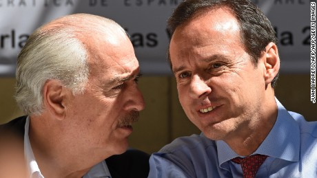 Former Colombia's president (1998-2002) Andres Pastrana(L) talks with former Bolivia's president (2001-2002) Jorge Quiroga during a press conference in Caracas on December 4, 2015. Pastrana and Quiroga are in Venezuela as observers of December 6th, legislative elections. AFP   PHOTO/JUAN BARRETO / AFP / JUAN BARRETO        (Photo credit should read JUAN BARRETO/AFP/Getty Images)