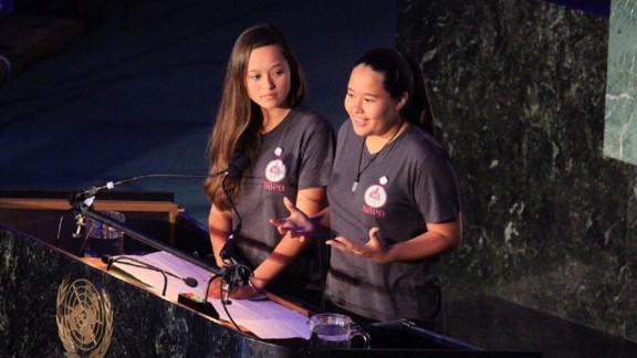 Melati and Isabel Wijsen at the United Nations in New York for World Oceans Day 2017.
