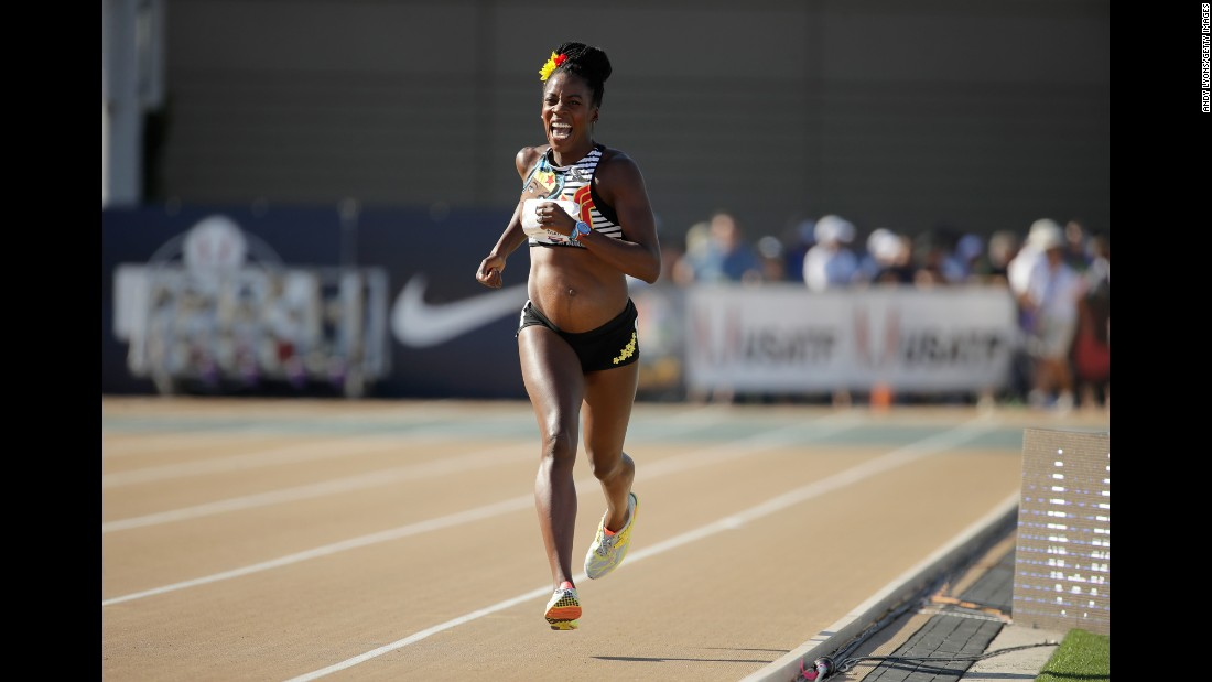 Alysia Montano is five months pregnant, but that didn't keep her from running the 800 meters at the USA Track & Field Championships on Thursday, June 22. She also ran a race in 2014 when she was eight months pregnant.