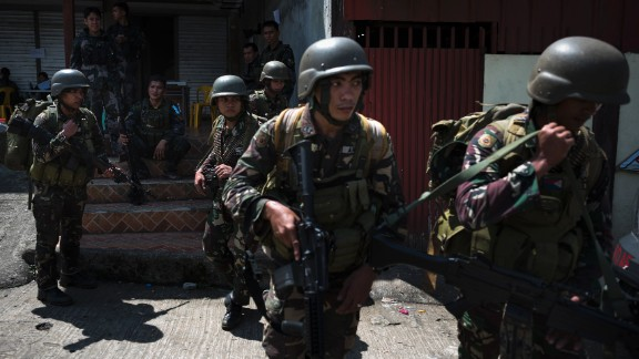 Soldiers deployed to the front line in the city of Marawi in Mindanao, the southern Philippines, in June.