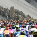 tour de france crowd