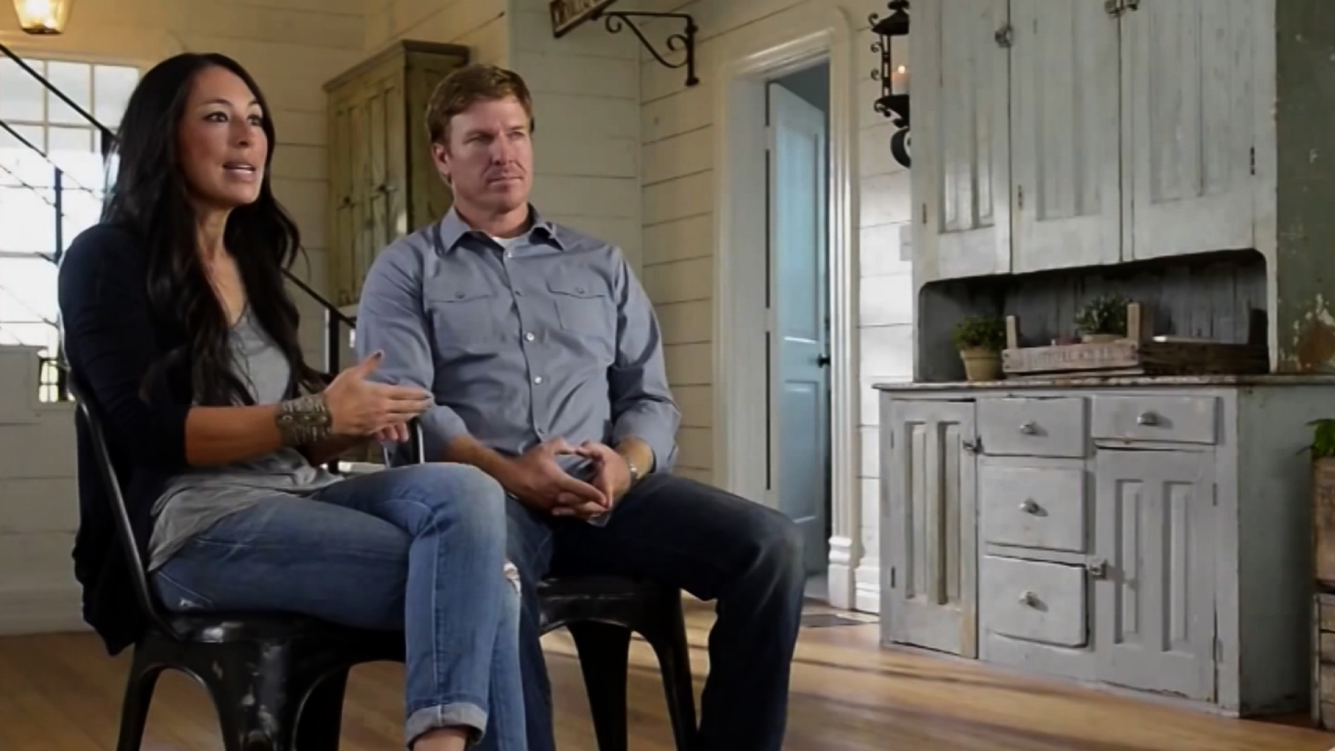 Chip Et Joanna Separation chip and joanna gaines welcome baby no. 5 - cnn video