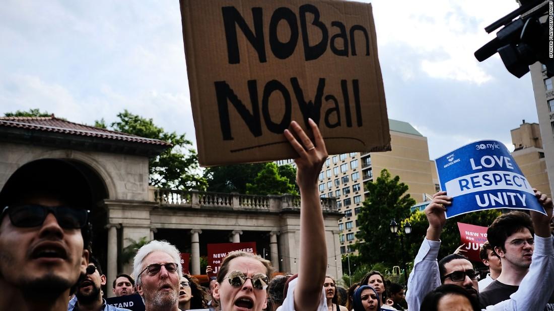 Supreme Court takes up Trump travel ban