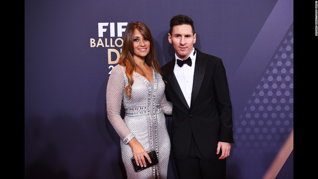 According to CNN Espanol's Ivan Sarmenti, 260 guests -- including Messi's Barcelona teammates -- will attend and 150+ journalists will cover the event.