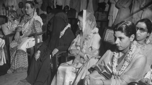 Leading female members of the Muslim League attend a meeting on plans for India