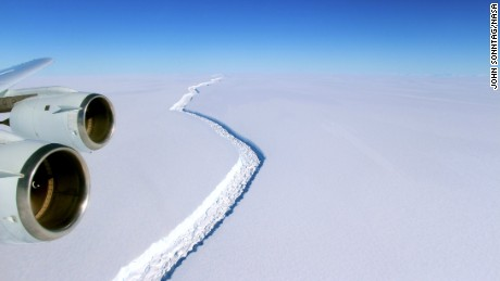Massive iceberg breaks away from Antarctica