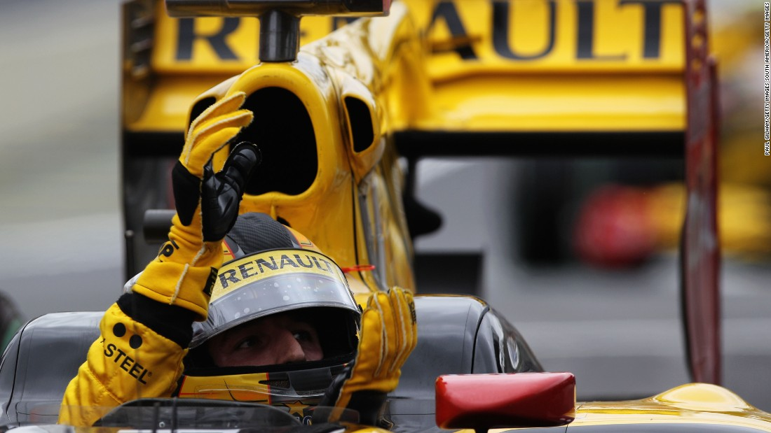 After three full seasons with BMW Sauber, Kubica made the switch to Renault in 2010.