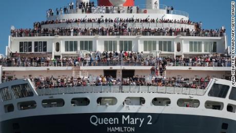 The Bridge 2017: Queen Mary 2 vs  world's fastest trimarans