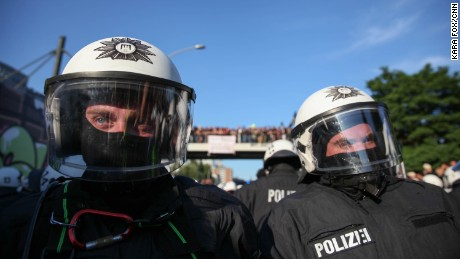 15,000 riot police were initially deployed for the summit but on Friday, Hamburg Police called for additional support.