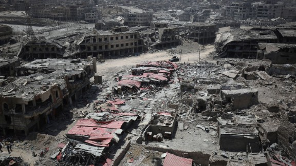 A picture taken on July 9, 2017, shows a general view of the destruction in Mosul's Old City. / AFP PHOTO / AHMAD AL-RUBAYE        (Photo credit should read AHMAD AL-RUBAYE/AFP/Getty Images)