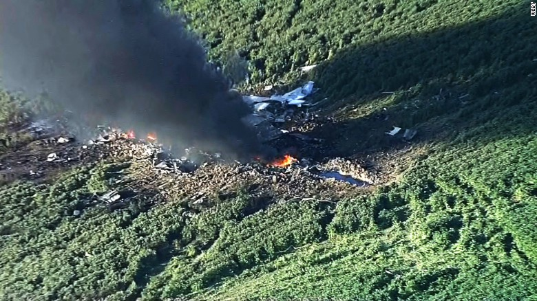 16 dead in military plane crash