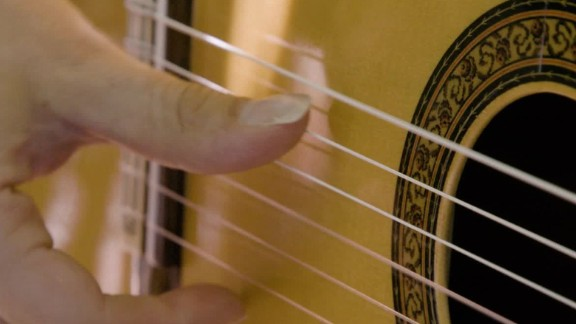 inside the middle east islamic spain flamenco guitar oud_00025820.jpg