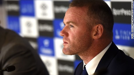 Everton's new signing, English striker Wayne Rooney attends a press conference at Goodison Park in Liverpool on July 10, 2017, following his move to Everton from Manchester United.  Rooney, whose move comes after United announced they had agreed terms with Everton over buying striker Romelu Lukaku, will hope the switch revives his international career. / AFP PHOTO / Paul ELLIS        (Photo credit should read PAUL ELLIS/AFP/Getty Images)