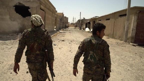 inside raqqa old city_00001920.jpg