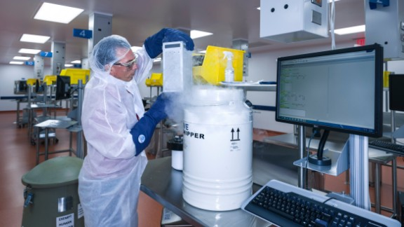 MORRIS PLAINS, NEW JERSEY, 9 JULY 2015: Human T cells belonging to cancer patients arrive at Novartis Morris Plains facility. This laboratory is where the T cells of cancer patients are processed and turned into super cells as part of a revolutionary new Gene therapy based cancer treatment Novartis is a part of. (Photo by Brent Stirton/Novartis.)
