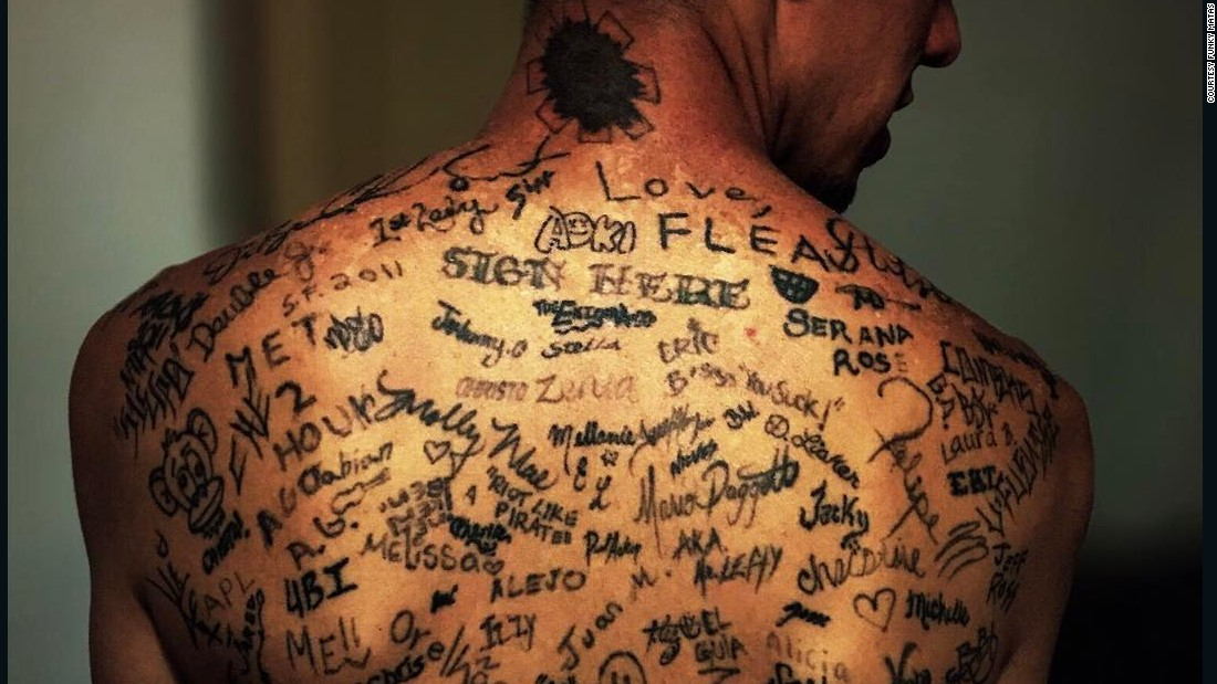 Entire Back Tattooed With Celebrity Signatures Funky Matas