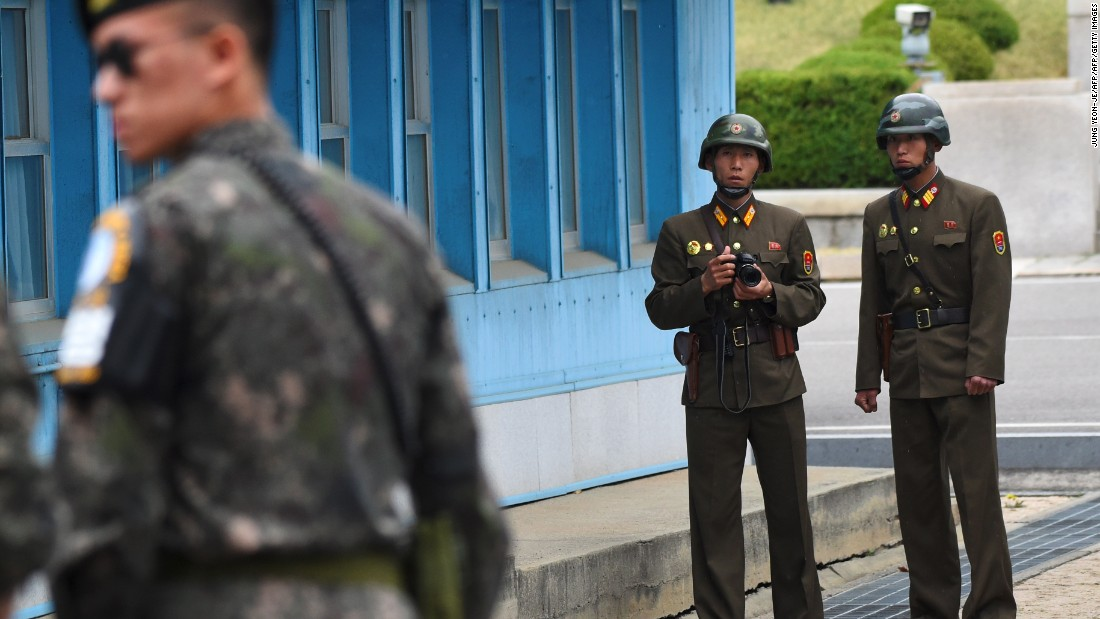 Soldier shot by North Korean guards while defecting to the South