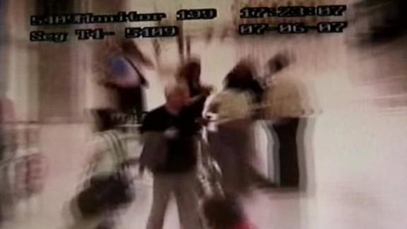 declassified peacock tense moments before arrest_00002422.jpg