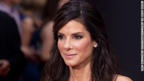 Sandra Bullock donates $100,000 to help save animals from California fires