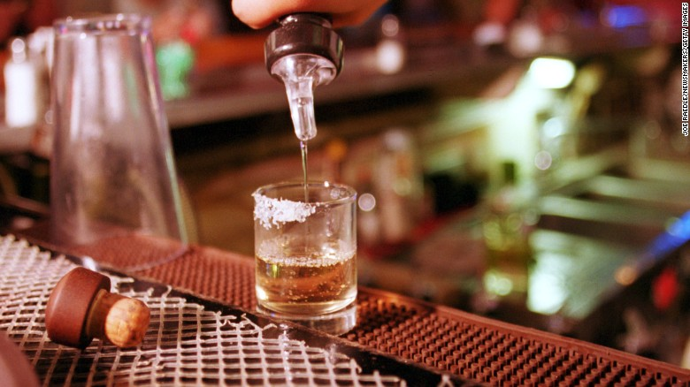 US warns about tainted alcohol in Mexico