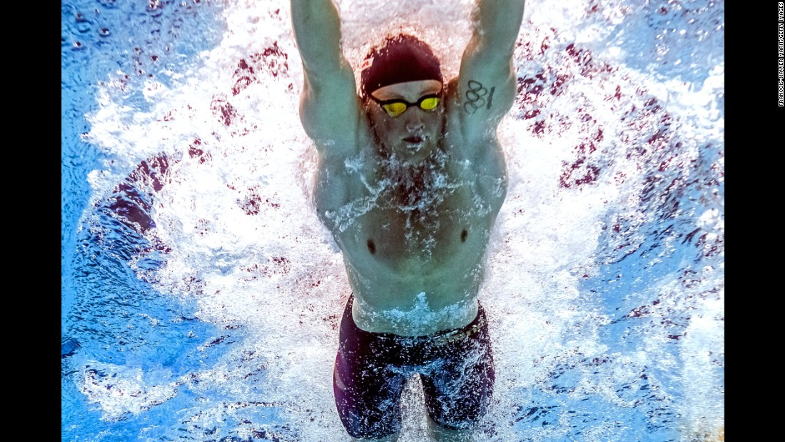 "Briton Adam Peaty has secured gold medals in both the 50m and 100m breaststroke competitions, breaking the world record twice in one day in the shorter distance. Here, an underwater camera takes a closer look at his <a href=""http://edition.cnn.com/2017/07/26/sport/adam-peaty-world-championships-swimming-gold/index.html"">""new kind of stroke.""</a>"