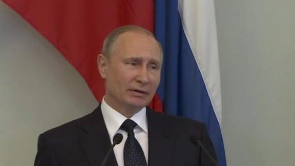 Vladimir Putin on Trump US politics _00003422.jpg