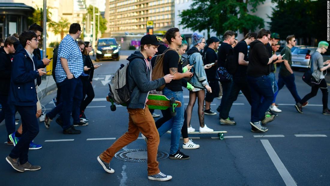 Картинки по запросу texting during crosswalk