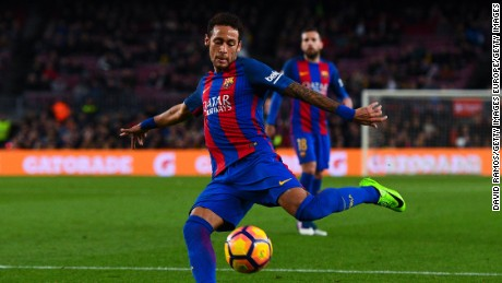 Neymar signs 5-year deal with Paris Saint-Germain