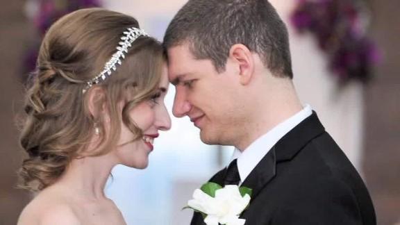 Wedding photographer defamation suit_00022527.jpg