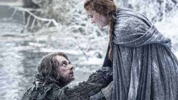 Theon and Sansa after escaping Winterfell and their torturer Ramsay Bolton.