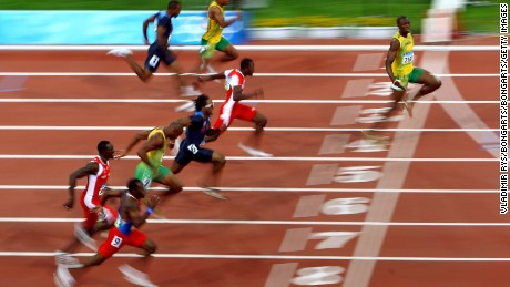 Bolt wins the 100m Olympic gold in Beijing