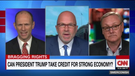 Does Trump deserve credit for economy?_00024721