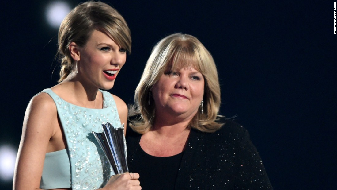 Taylor Swift S Attorney Radio Host Groped Her Then Sued For Cash And Fame Cnn