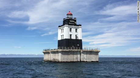 Former lighthouses being auctioned by US government - CNN