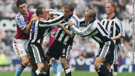 Newcastle's Lee Bowyer and Kieron Dyer fight